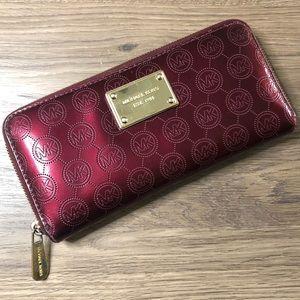 MICHAEL KORS Patent Leather Burgundy ZIP W…